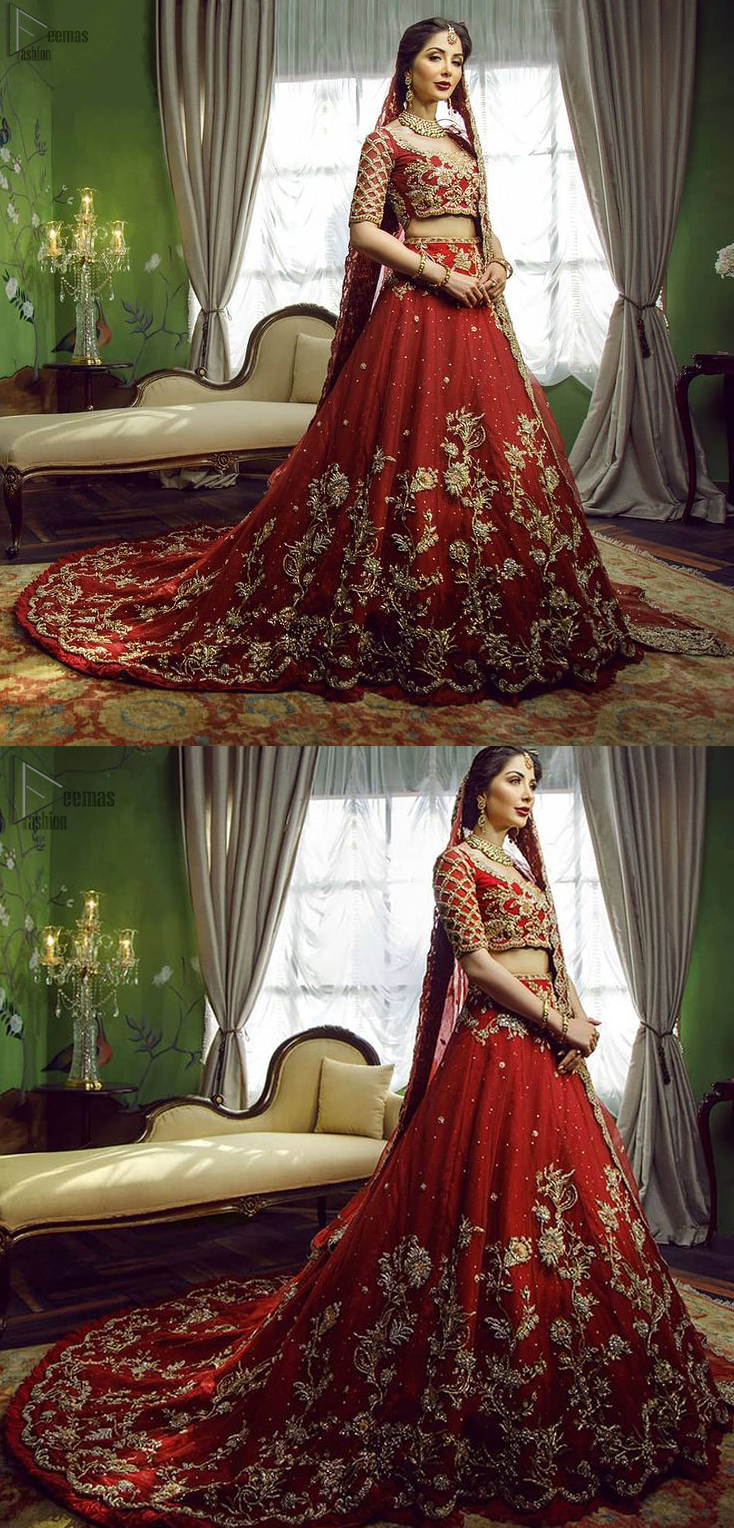 This signature Blouse and lehenga crafted with Velvet featuring hand embroidery with elegant zardozi work.