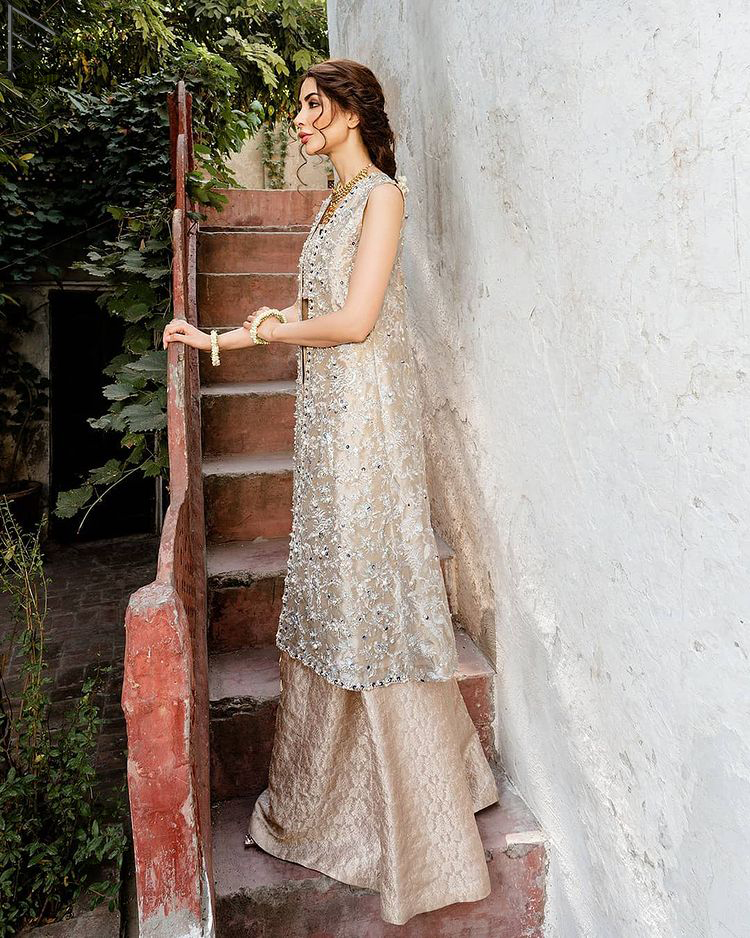 Pakistani Party Dress - Beige Open Shirt n Blouse - Palazzo Pants. This attractive semi-formal dress would delight your day either at party wear.