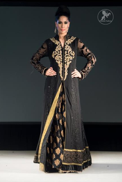 Black-full-length-back-trail-gown-with-banarsi-skirt