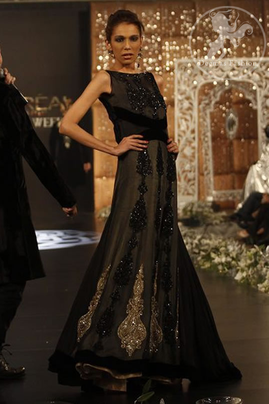 Black Full Length Party Wear Pishwas