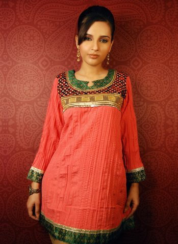 Ladies Fashion Wear – Red kurti