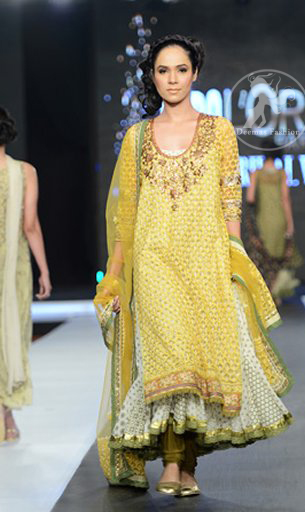 Latest-Mehndi-collection-yellow-and-offwhite-double-layer-frock-and-churidar