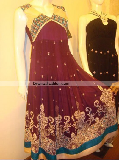 Make your wardrobe more interesting with this shabby chic statement intensified with rich thread embroidery all over the front and bold patterns at daaman. Artistically designed with pleats and small sized floral motifs all over the shirt. Hemline is ornamented with different colors patches and detail embellishment. It is coordinated with churidar pajama and dupatta which having sequins spray all over.