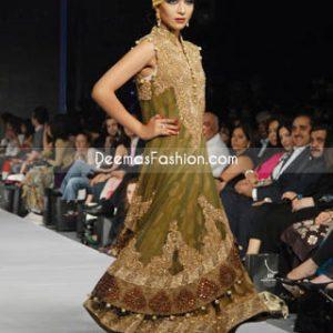 Latest Pakistani Fashion Outfit Mehndi Green Pishwas