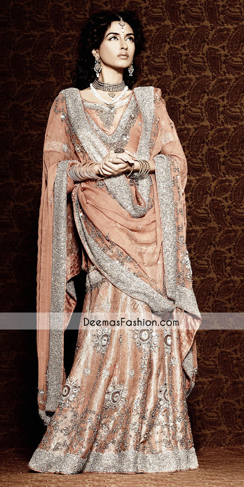 peach-heavy-bridal-lehnga1