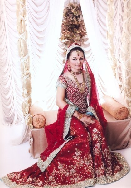 Latest bridal dress red asian style lehanga for Asian red wedding dresses